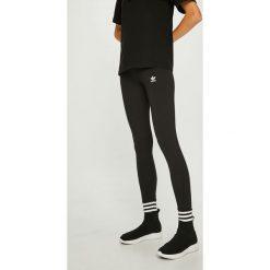 Adidas Originals - Legginsy. Szare legginsy damskie adidas Originals, z bawełny. W wyprzedaży za 119.90 zł.