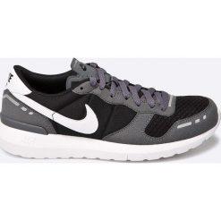 Nike Sportswear - Buty Nike Air VRTX 17. Szare buty sportowe męskie Nike Sportswear, z materiału. W wyprzedaży za 219.90 zł.