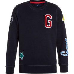 GANT BADGE CNECK  Bluza evening blue. Bluzy dla chłopców GANT, z bawełny. Za 379.00 zł.