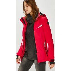Killtec - Kurtka snowboardowa Carol. Czerwone kurtki damskie KILLTEC, z materiału. Za 649.90 zł.