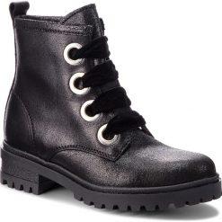 Trapery TOMMY JEANS - Metallic Cleated Lac EN0EN00339 Black 990. Śniegowce i trapery damskie marki Tommy Jeans. W wyprzedaży za 449.00 zł.