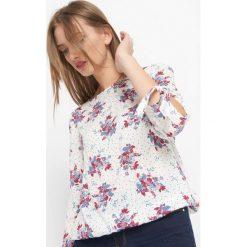 Bluzka w kwiaty. Brązowe bluzki damskie Orsay, w kwiaty, z tkaniny. Za 69.99 zł.