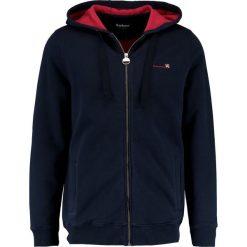 Barbour International™ CYLINDER  Bluza rozpinana navy. Kardigany męskie Barbour International™, z bawełny. W wyprzedaży za 567.20 zł.