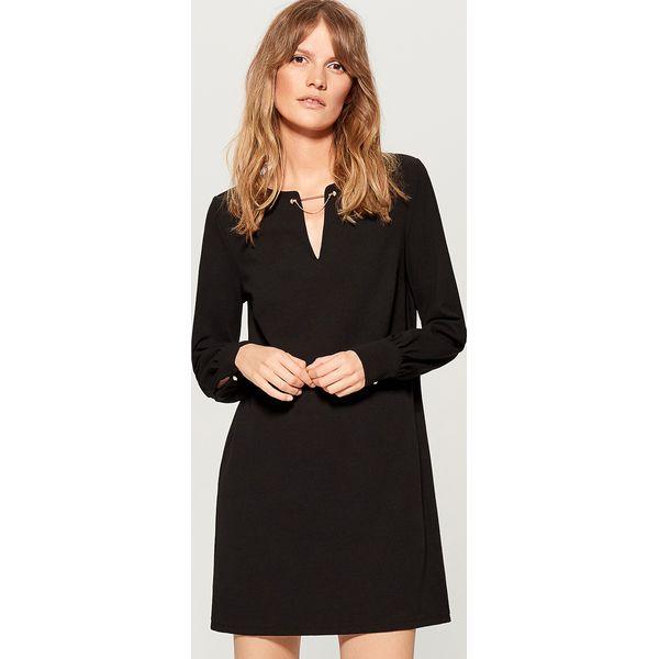 a8a89fd8d7 Sukienka z biżuteryjną ozdobą - Czarny - Sukienki damskie marki ...