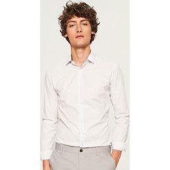 Koszula z mikroprintem regular fit - Biały. Koszule męskie marki Giacomo Conti. W wyprzedaży za 59.99 zł.