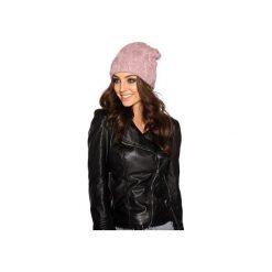 Kobieca czapka w warkocze LC107. Czerwone czapki i kapelusze damskie Lemoniade. Za 69.90 zł.