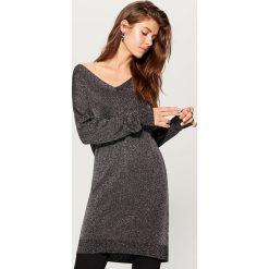 Długi sweter - Czarny. Czarne swetry damskie Mohito. W wyprzedaży za 79.99 zł.