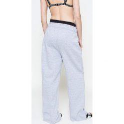 Missguided by Jourdan Dunn - Spodnie. Szare spodnie sportowe damskie Missguided, z bawełny. W wyprzedaży za 89.90 zł.