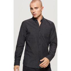 Bawełniana koszula SLIM FIT z mikrowzorem - Czarny. Czarne koszule męskie Cropp, z bawełny. Za 79.99 zł.