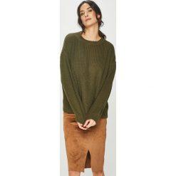 Answear - Sweter. Brązowe swetry damskie ANSWEAR, z dzianiny, z okrągłym kołnierzem. Za 119.90 zł.
