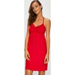 Henderson Ladies - Koszulka nocna Maggie. Różowe koszule nocne damskie Henderson Ladies. W wyprzedaży za 79.90 zł.