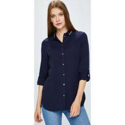 Guess Jeans - Koszula. Czarne koszule damskie Guess Jeans, z jeansu, klasyczne, z klasycznym kołnierzykiem, z długim rękawem. W wyprzedaży za 449.90 zł.
