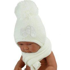 Czapka niemowlęca z szalikiem CZ+S 004C biała. Czapki dla dzieci marki Reserved. Za 40.78 zł.