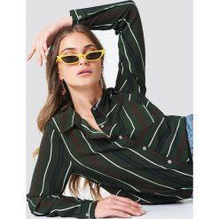 Rut&Circle Koszula w paski Evelyn - Green. Zielone koszule damskie Rut&Circle, w paski, z poliesteru, z krótkim rękawem. Za 141.95 zł.