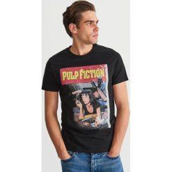T-shirt z filmowym nadrukiem - Czarny. T-shirty męskie marki Giacomo Conti. Za 59.99 zł.