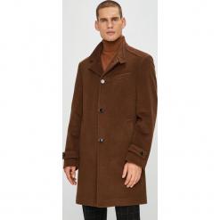 Pierre Cardin - Płaszcz. Brązowe płaszcze męskie Pierre Cardin, z materiału. W wyprzedaży za 869.90 zł.