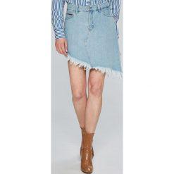 Tommy Jeans - Spódnica. Szare spódnice damskie Tommy Jeans, z bawełny. W wyprzedaży za 219.90 zł.