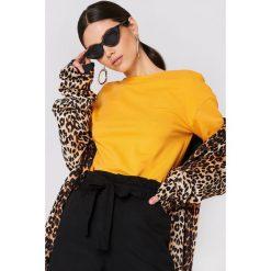NA-KD Basic Sweter z głębokim dekoltem z tyłu - Orange. Pomarańczowe swetry damskie NA-KD Basic. Za 80.95 zł.