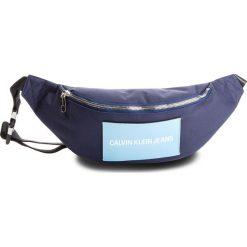 Saszetka nerka CALVIN KLEIN JEANS - Sp Essential+Street Pack K40K400803 Navy 453. Niebieskie saszetki męskie Calvin Klein Jeans, z jeansu, młodzieżowe. Za 299.00 zł.