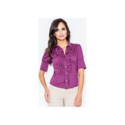 Koszula M025 Bakłażan. Fioletowe koszule damskie Figl, z bawełny, eleganckie, z żabotem, z krótkim rękawem. Za 77.00 zł.
