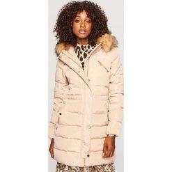 Płaszcz z naturalnym puchem - Beżowy. Brązowe płaszcze damskie Reserved, z puchu. Za 399.99 zł.