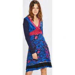 Desigual - Sukienka. Szare sukienki damskie Desigual, z bawełny, casualowe. W wyprzedaży za 199.90 zł.