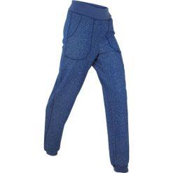 Spodnie sportowe z wywijanym paskiem, długie bonprix kobaltowy. Spodnie dresowe damskie marki WED'ZE. Za 49.99 zł.