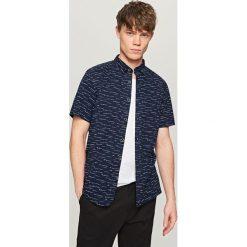 Koszula z krótkim rękawem - Granatowy. Koszule dla chłopców marki bonprix. W wyprzedaży za 39.99 zł.