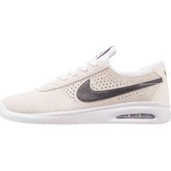 Nike SB BRUIN MAX VAPOR Tenisówki i Trampki summit white/black/white. Trampki męskie Nike SB, z materiału. W wyprzedaży za 440.10 zł.