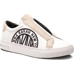 Półbuty DKNY - Callie K3859660  White. Półbuty damskie marki DKNY. W wyprzedaży za 399.00 zł.