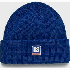 DC - Czapka. Niebieskie czapki i kapelusze męskie DC. W wyprzedaży za 99.90 zł.