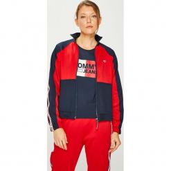 Tommy Jeans - Bluza. Czerwone bluzy damskie Tommy Jeans, z bawełny. Za 539.90 zł.