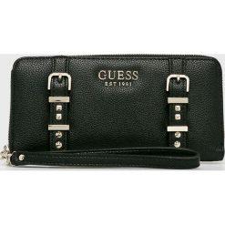 Guess Jeans - Portfel. Czarne portfele damskie Guess Jeans, z aplikacjami, z jeansu. Za 279.90 zł.