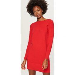 Długi sweter - Czerwony. Czerwone swetry damskie Reserved. Za 79.99 zł.