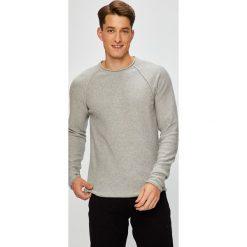 Review - Sweter. Szare swetry przez głowę męskie Review, z bawełny, z okrągłym kołnierzem. Za 149.90 zł.