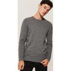 Gładki sweter - Szary. Swetry przez głowę męskie marki Giacomo Conti. W wyprzedaży za 39.99 zł.