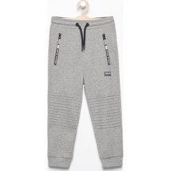 Spodnie dresowe - Szary. Spodnie sportowe dla chłopców Reserved, z dresówki. Za 79.99 zł.