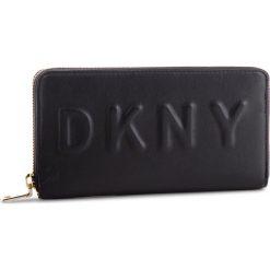 Duży Portfel Damski DKNY - Tilly Lg Zip Around R74QV103 Blk/Gold BGD. Czarne portfele damskie DKNY, ze skóry ekologicznej. Za 509.00 zł.