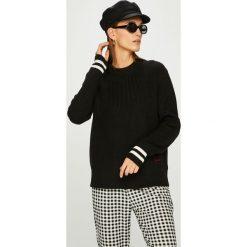 Calvin Klein - Sweter. Szare swetry damskie Calvin Klein. W wyprzedaży za 429.90 zł.