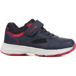 """Sneakersy """"Hoshiko"""" w kolorze granatowo-czerwonym. Czerwone trampki i tenisówki chłopięce Geox Kids, z gumy. W wyprzedaży za 117.95 zł."""