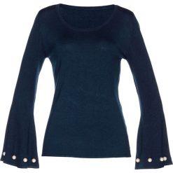 Sweter z perełkami bonprix ciemnoniebieski. Swetry damskie marki bonprix. Za 79.99 zł.