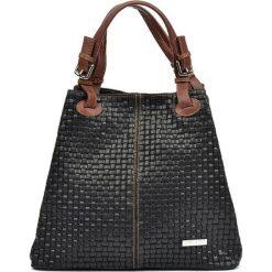 Torebka w kolorze czarnym - (S)30 x (W)36 x (G)17 cm. Czarne torby na ramię damskie Bestsellers bags. W wyprzedaży za 289.95 zł.