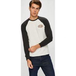 Wrangler - Longsleeve. Szare bluzki z długim rękawem męskie Wrangler, z bawełny, z okrągłym kołnierzem. Za 129.90 zł.