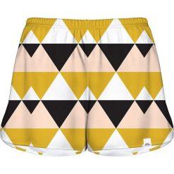 Colour Pleasure Spodenki damskie CP-020 21 żółto-czarno-białe r. XXXL-XXXXL. Spodnie dresowe damskie Colour Pleasure. Za 72.34 zł.