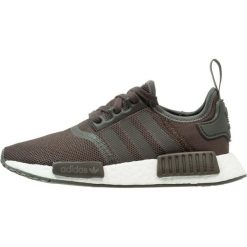 Adidas Originals NMD_R1 Tenisówki i Trampki trace grey metallic/footwear white. Trampki męskie marki Tommy Jeans. W wyprzedaży za 479.20 zł.