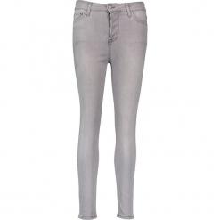 Dżinsy - Slim fit - w kolorze szarym. Szare jeansy damskie Mustang. W wyprzedaży za 173.95 zł.