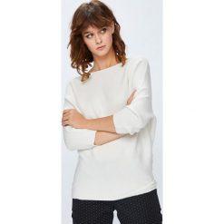 Medicine - Sweter Basic. Szare swetry damskie MEDICINE, z dzianiny, z okrągłym kołnierzem. Za 89.90 zł.