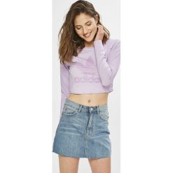 Adidas Originals - Bluzka. Szare bluzki damskie adidas Originals, z nadrukiem, z bawełny, casualowe, z okrągłym kołnierzem. W wyprzedaży za 179.90 zł.
