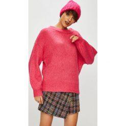 Medicine - Sweter Hand Made. Różowe swetry damskie MEDICINE, z dzianiny, z okrągłym kołnierzem. Za 139.90 zł.