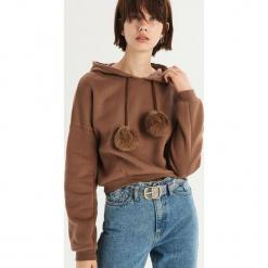 Bluza z detalem - Brązowy. Brązowe bluzy damskie Sinsay. Za 59.99 zł.